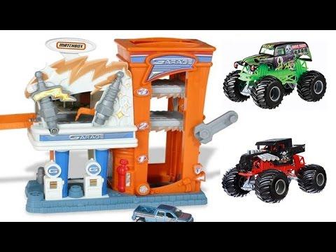 Matchbox Mission Garage Adventure Set, Police Station and Monster Jam Trucks Battle it Out!