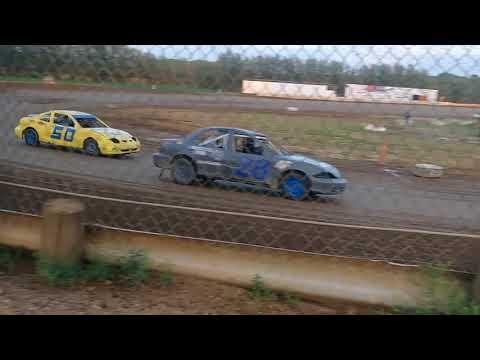 Compact Heat race 6-2-18 35 Raceway Park