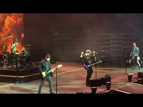 Fall Out Boy Irresistible 11/15/17 Viejas Arena Mania Tour San Diego