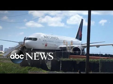 Severe injuries caused by turbulence on Air Canada flight