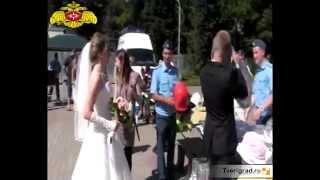 В Твери молодожены отпраздновали свадьбу в огнеупорных костюмах