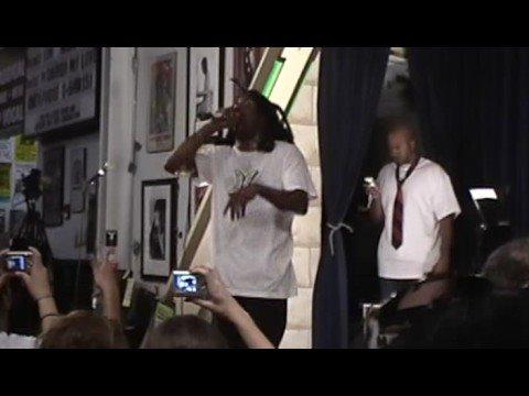 Murs - Lookin Fly (Live @ Amoeba Records 9-30-08)