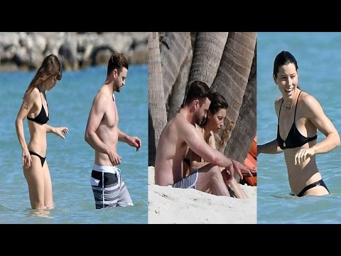 Jessica Biel and Justin Timberlake Show Off their Beach Bodies - 2016