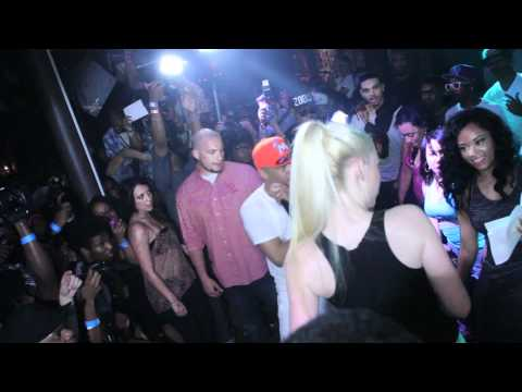 "Iggy Azalea Ft. TI - ""Murda Bizness"" Live In Atlanta"
