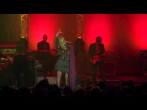 Moloko - I Want You (Live at Brixton Academy 2003) mp3