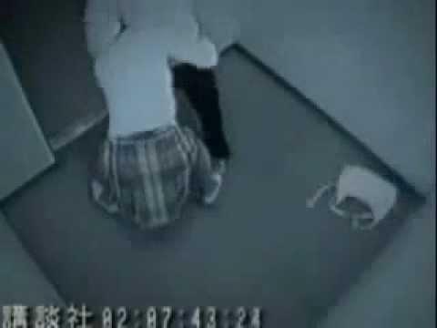 少女遭電梯搶劫 背摔賊人