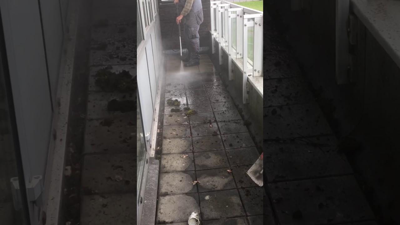 Tegels Reinigen Na Voegen  Schoonterras  mos en groene aanslag verwijderen professioneel