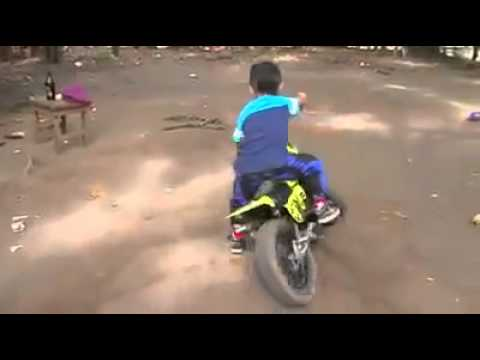 whatsapp funny videos | little boy bike stunt 2015