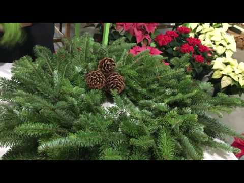 How To Decorate Live Christmas Wreaths With Fresh Greens
