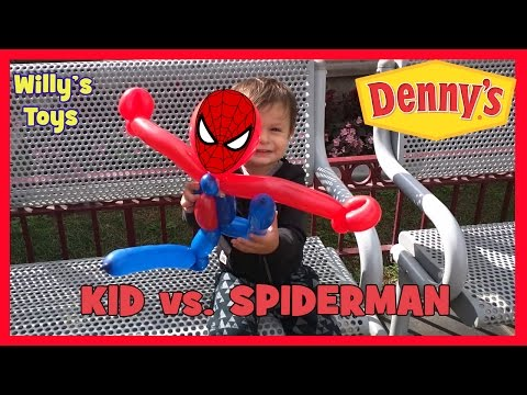 crazy-kid-vs.-spiderman-balloon-animal-fight-at-denny's-disneyland-resort---willys-toys
