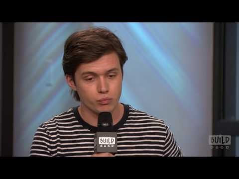 Nick Robinson Discusses His On-Screen Chemistry With Amandla Stenberg