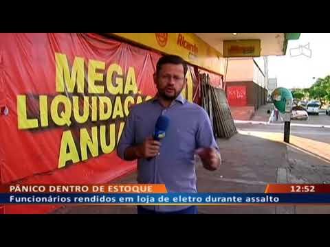 DFA - Funcionários rendidos em loja de eletro durante assalto