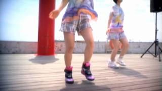 同じ事務所の先輩、後輩でそれぞれに芸能活動をしてきた佐倉真衣と宮沢...