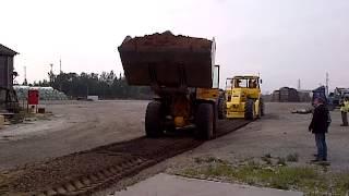 4. Подсыпка грунта(Работы по строительству основания грузовой площадки в Рижском порту (KS terminal) с использованием технологии..., 2012-10-28T14:51:32.000Z)