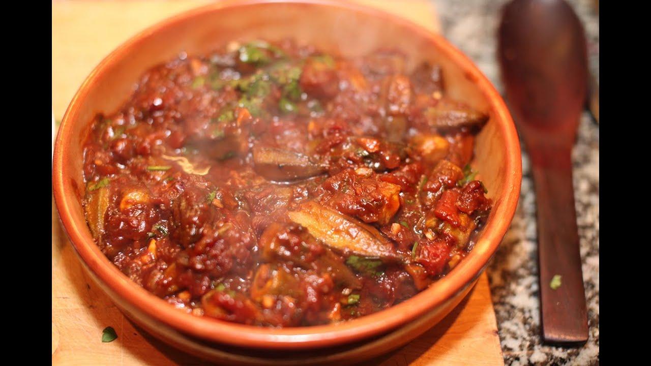 طريقة عمل طاجن البامية باللحمة المفرومة Vegetable Side Dishes Egyptian Food Food Medicine