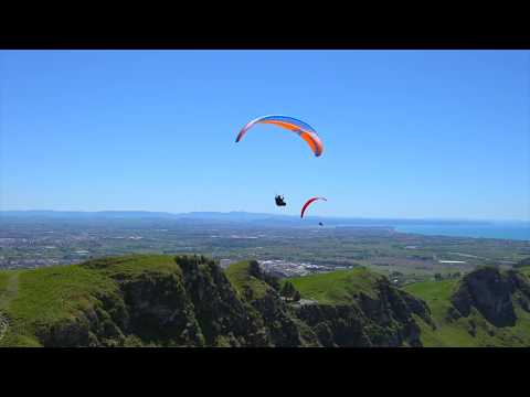Te Mata Peak paragliding, Hawkes Bay, New Zealand