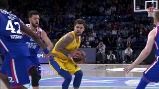 20.11.2018 / Anadolu Efes - Maccabi FOX Tel Aviv / Bryant Dunston
