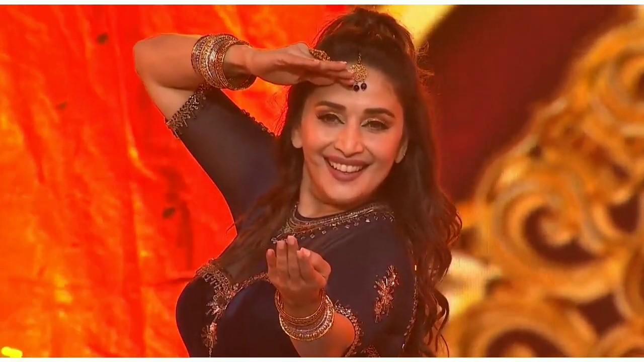 Download Madhuri Dixit - Special Tribute To Saroj Khan   IIFA Awards 2019   Madhuri Dixit Dance Performance