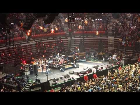Pearl Jam Lightning Bolt Tour -Viejas Arena SDSU San Diego 11/21/2013