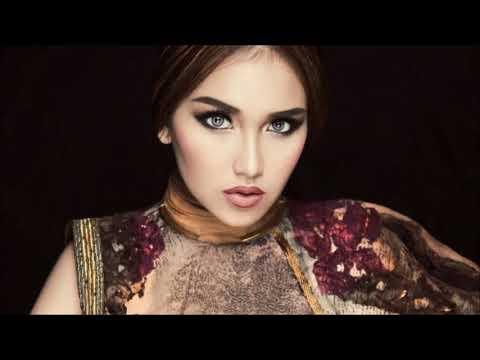 Musical.ly 4 Artis Terkenal Indonesia : Ayu Ting Ting + Romaria + Jaz + Bastian Steel   Best Muser  