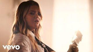 Смотреть клип Maren Morris - Better Than We Found It