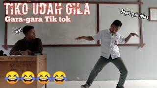 Video lucu sekolah-Guru dan murid sama-sama gila😂😂 Tiko Sausu