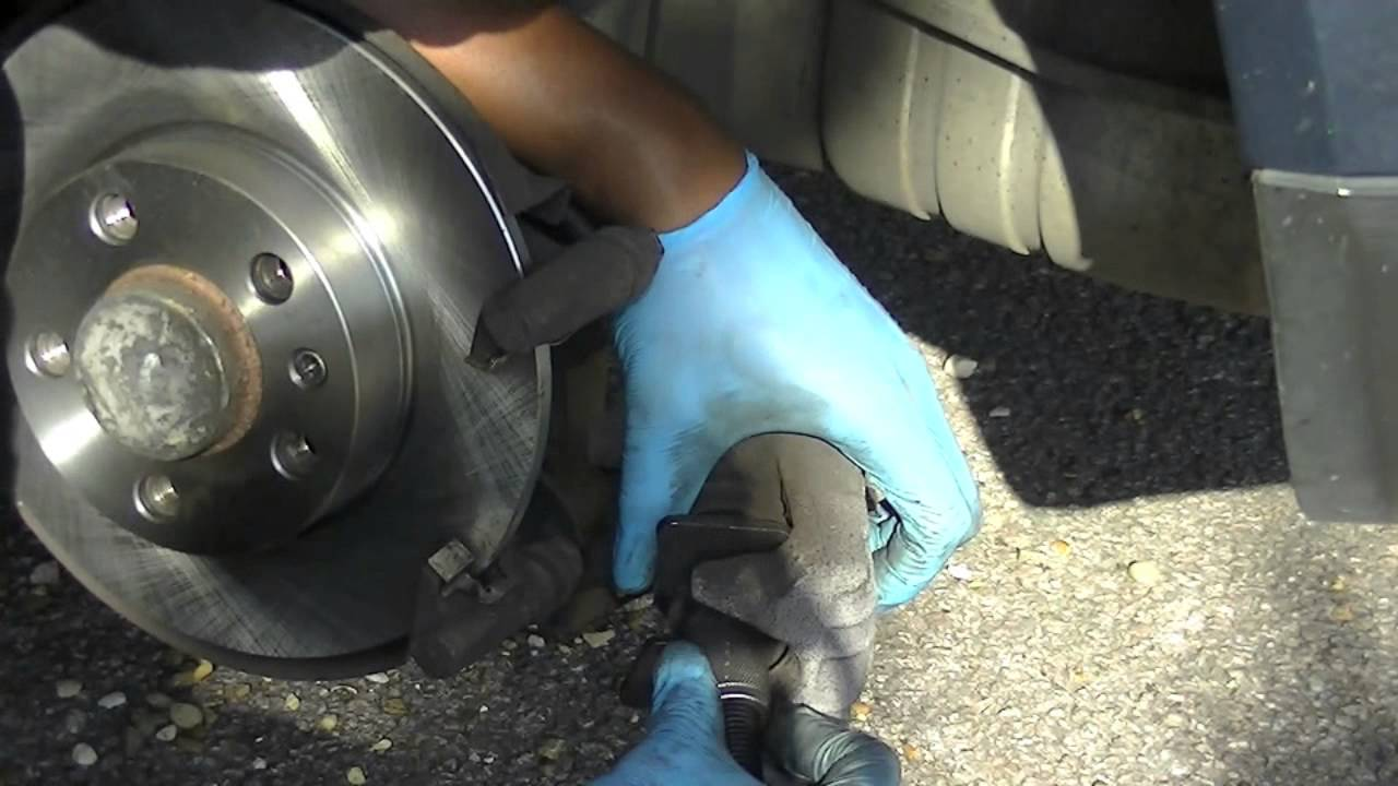 Vw Golf Jetta Rear Brake Pads And Rotor Disc Change Simple Easy Caption Diagram Of The Basic Front Setup Arotor B