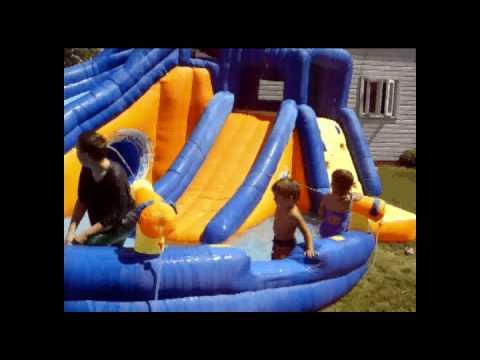 Kids on backyard water slide - YouTube