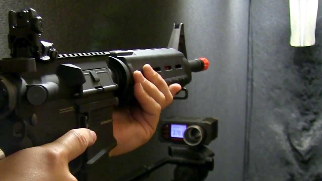 Kwa Rm4 Erg Electric Recoil Gun Airsoft Gun Review And Chrono Fox Airsoft Youtube