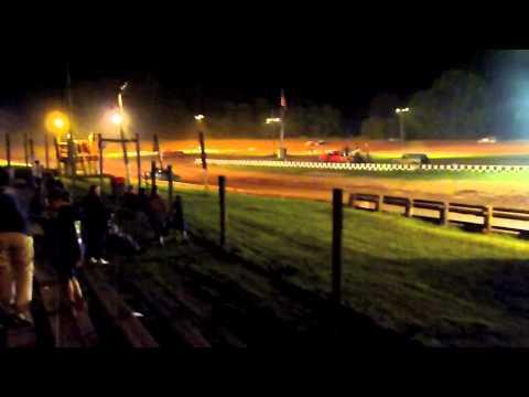 Clinton County Speedway - Mackeyville, Pennsylvania - Racing action