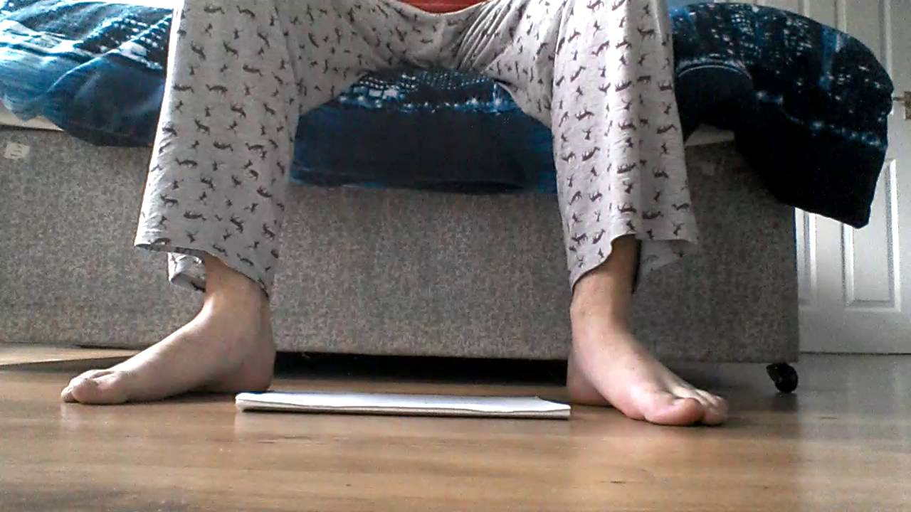 measuring my size 13 feet accurately youtube. Black Bedroom Furniture Sets. Home Design Ideas