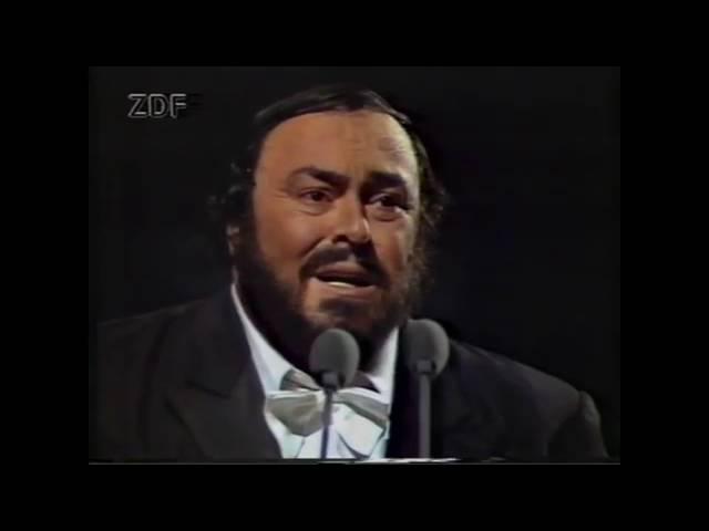 luciano-pavarotti-vesti-la-giubba-i-pagliacci-the-tenors