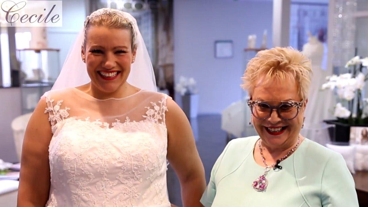 Hochzeitskleid mit zwei Größen: oben schmal, unten weit - YouTube