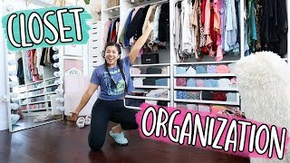 ORGANIZING MY ENTIRE CLOSET!!