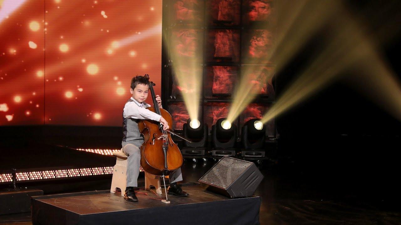 Impressive Kid Cellist Cameron Renshaw Takes the Stage