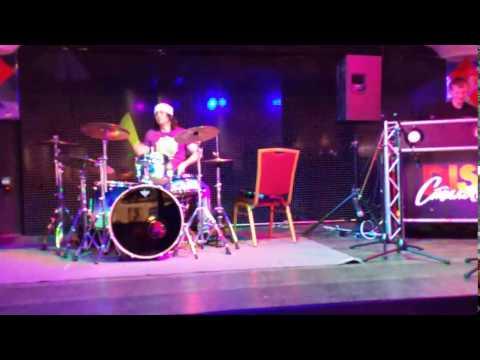 Барабанщик с диджеем  Club drummer Ne On - перед саундчеком - Корстон - Серпухов