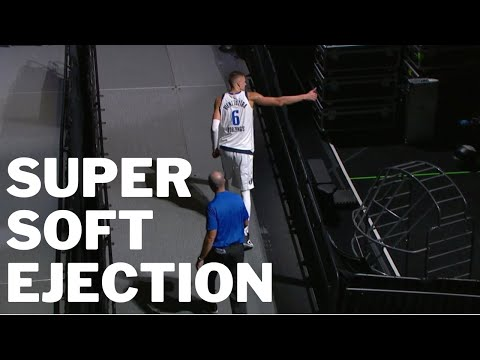 Kristaps Porzingis Super Soft Ejection Play Off Game 1 vs Clippers 2019/2020 NBA season [17.08.20.]