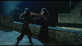 Le bal de l'horreur dans Noroît (1976) de Jacques Rivette