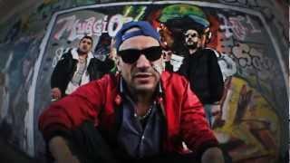 """MUGGIO """"Articolo Uno"""" feat. SIMON P + """"La strada ti ammazza"""" [prod. SECO] (Split-Video)"""