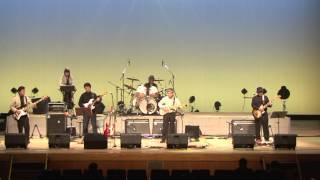演奏者:石川恭一さん バック演奏:水沢ベンチャーズ 2013.2.17 一関文化センター 第1回「一人ベンチャーズ大会」
