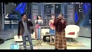 Cakra Khan Feat Tukul Arwana - No Woman No Cry Bukan Empat ...