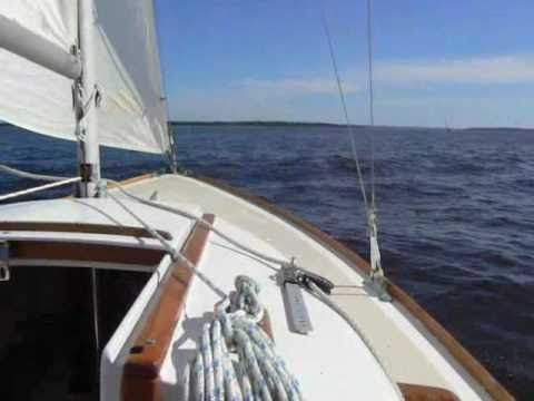 Cape Dory 36 sailing to weather by 79cd36