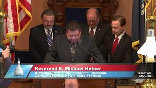 Sen. Kowall welcomes the Rev. Hefner to the Michigan Senate to deliver the invocation