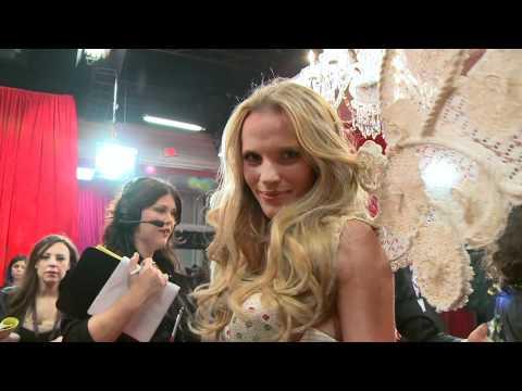 Victorias Secret - Its Showtime