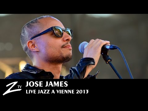 "José James ""Come to my door & Simply beautiful"" - Jazz à Vienne 2013"