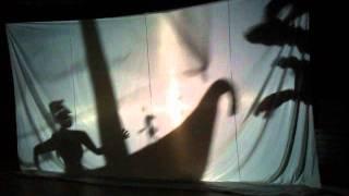 1ª apresentação de cenas em processo criativo do espetáculo ODISSÉIA - Teatro de Sombras.wmv