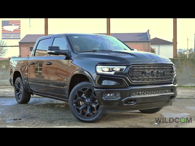 Dodge Ram 1500 Limited Black Edition: look total black in stile USA