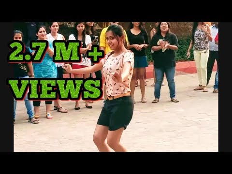 IIT MUMBAI GIRL DANCE ON STREET FLASH MOB BY IIT MUMBAI GIRLS 2017