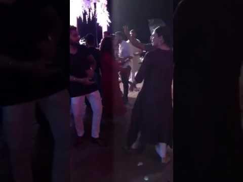 Virat kohli nd anushka dancing in bhojpuri song # chadhal jawani#
