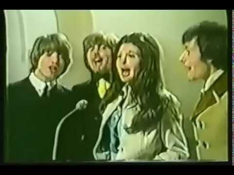 Bobbie Gentry; Louisiana Man withe The Hollies. (T.V. Apperance)